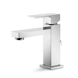 Single lever basin mixer with Newform Ergo-Q